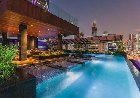プール Mode Sathorn Hotel Bangkok